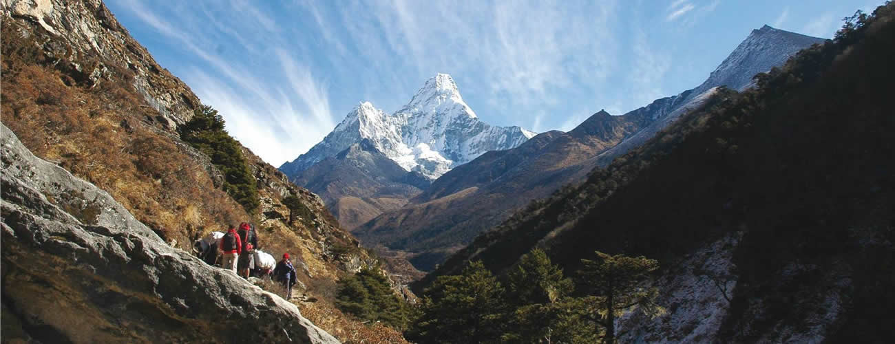 Ama Dablam Base Camp Trek Route