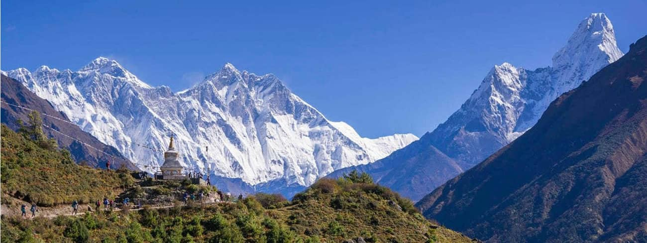 Everest Panorama View
